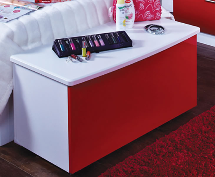 justottomans.co.uk Danni Red Teens Blanket Box *Special Offer* white